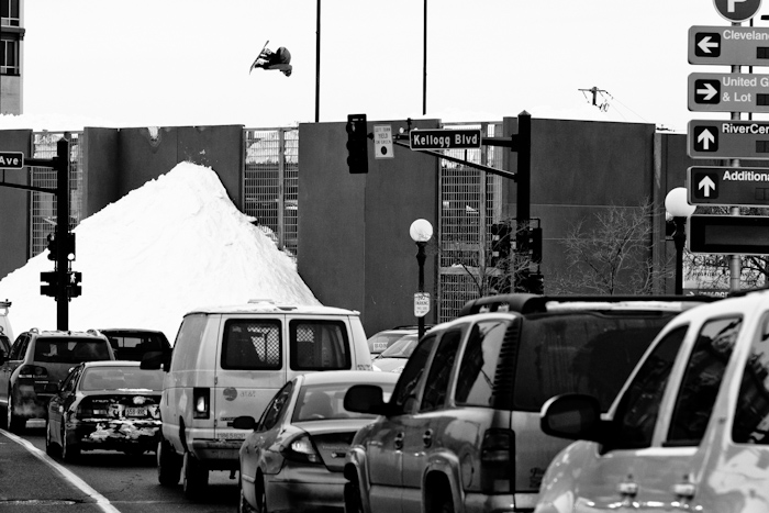 Snowboard-Photo-Bode-Merrill-in-Minneapolis-traffic-by-Andy-Wright