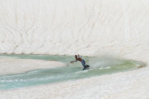 Monstrueuse séance de Waterslide pour Jof ! ©Pierre de Le Rue